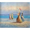 Дами се разхождат по плажа